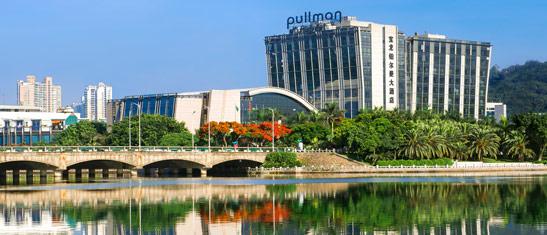 """因风光秀丽被誉为""""中国最美丽的校园之一"""""""